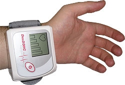 Denas Cardio on wrist from qplushealth.co.uk